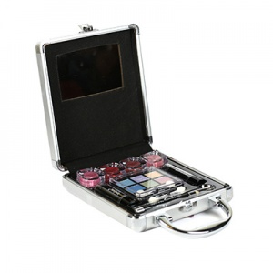 Technic Small Beauty Case With Cosmetics