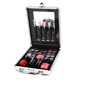 Technic Medium Beauty Case With Cosmetics