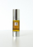 LA Revitalising  Facial Serum 30 ml